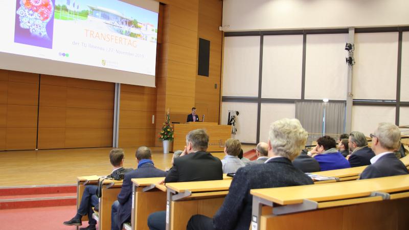 Ilmenaus Oberbürgermeister Dr. Daniel Schultheiß beim Transfertag 2019 (© Mittelstand 4.0-Kompetenzzentrum Ilmenau)