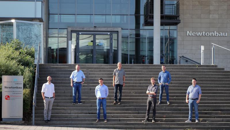 [Vertreter von TZLR und Kompetenzzentrum (© Mittelstand 4.0-Kompetenzzentrum Ilmenau)] Vertreter von TZLR und Kompetenzzentrum (© Mittelstand 4.0-Kompetenzzentrum Ilmenau)